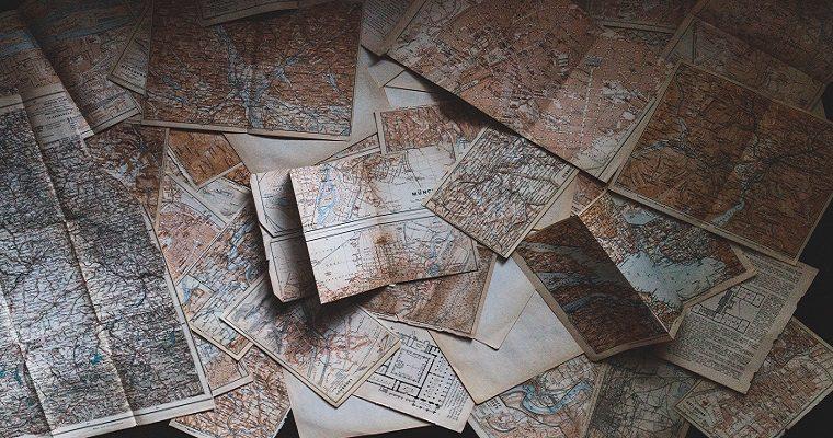 Consigli di Viaggio: L'uso indispensabile delle mappe cartacee in viaggio