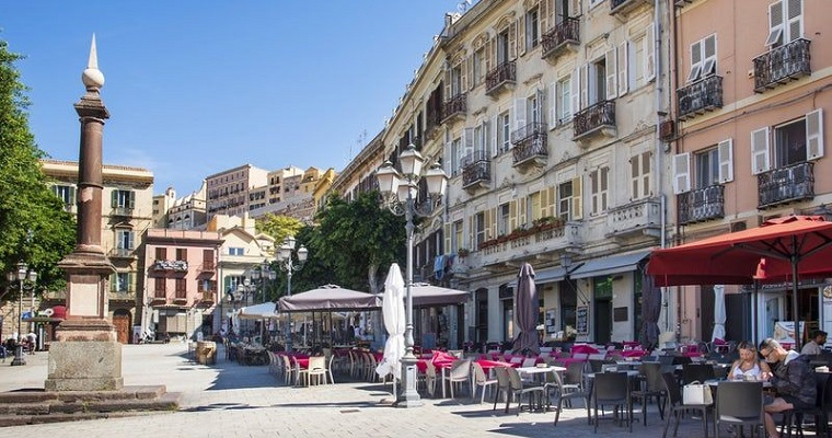 Piazza Yenne - Cagliari (IT)